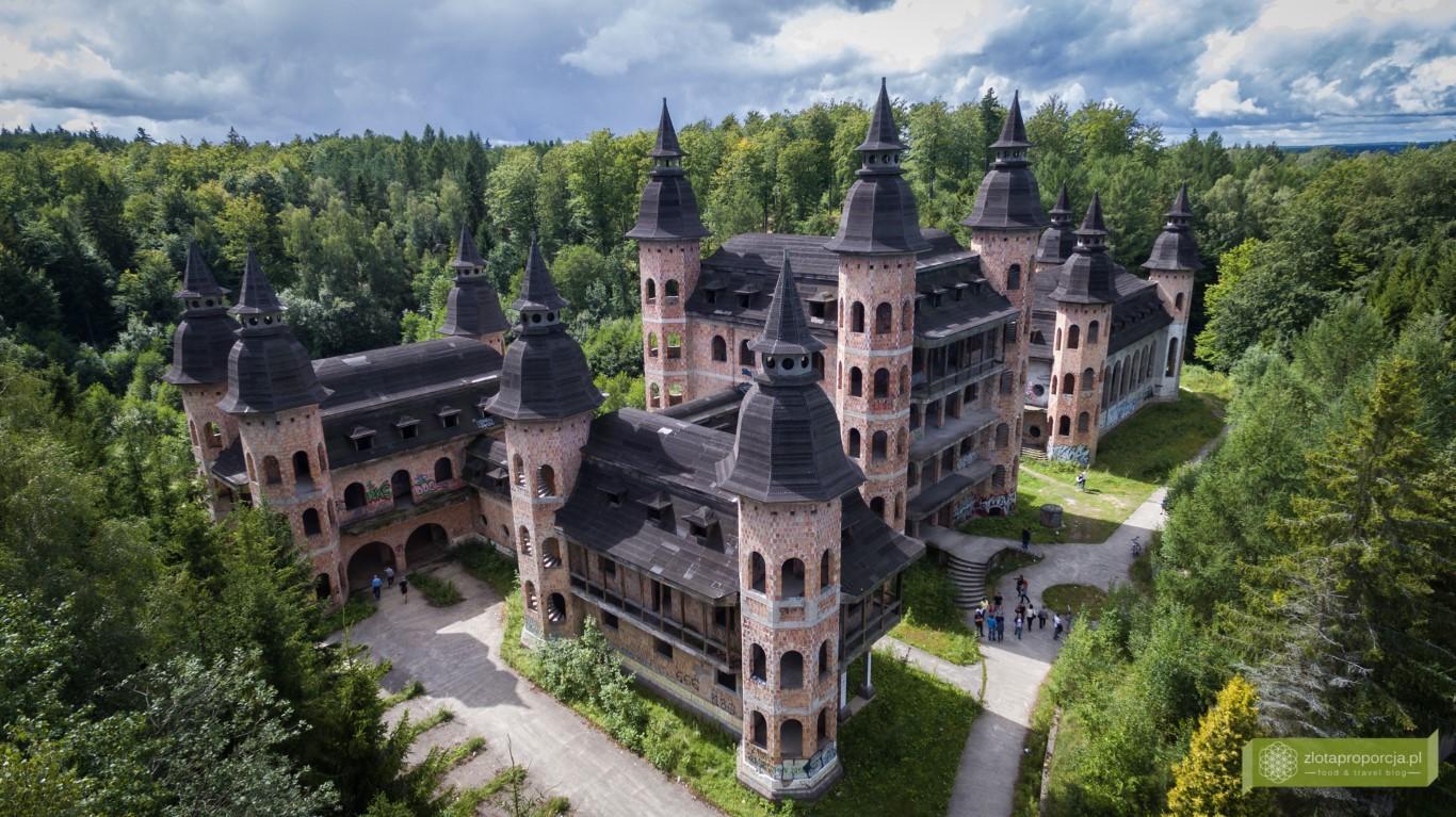 zamek lapalice 0177 Atrakcje