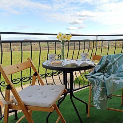 balkon 1 400x400 Pokoje